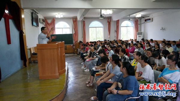 shaanxi-bible-school-holds-opening-retreat-for-2016-fall