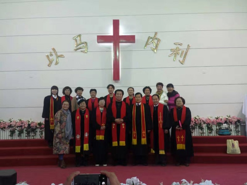 the-newly-ordained-co-workers-and-ordination-council-after-the-ordination