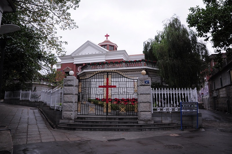 a-christian-church-on-gulangyu-island-xiamen