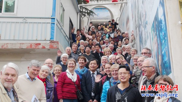 the-delegation-of-the-norwegian-bible-society-with-the-local-believers-of-tongchuan