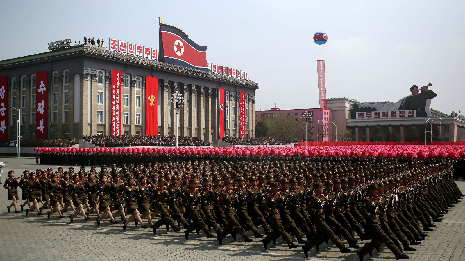 North Korea issues new threats after USA  confirms nearby military exercises