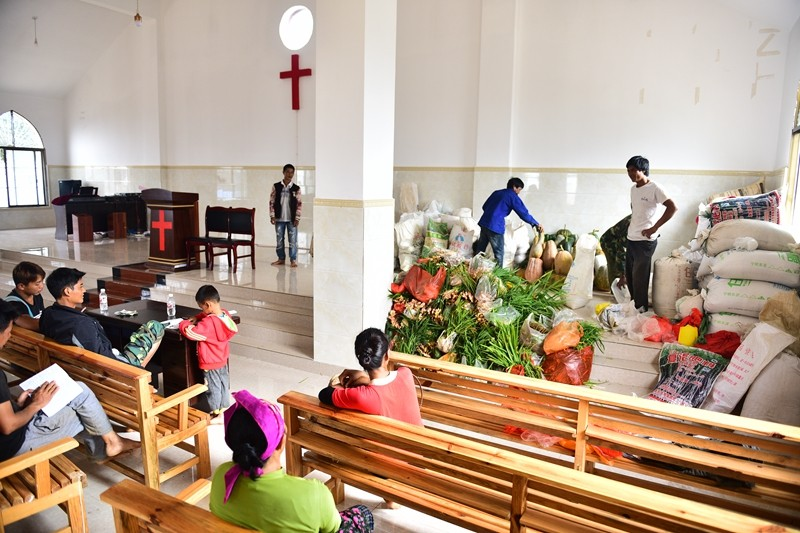 believers-brought-their-firstfruits-to-banli-church-on-sept-21-2017