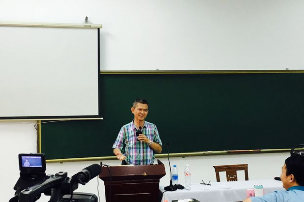Rev. Yang Huaien in the retreat (Photo provided to CCD)