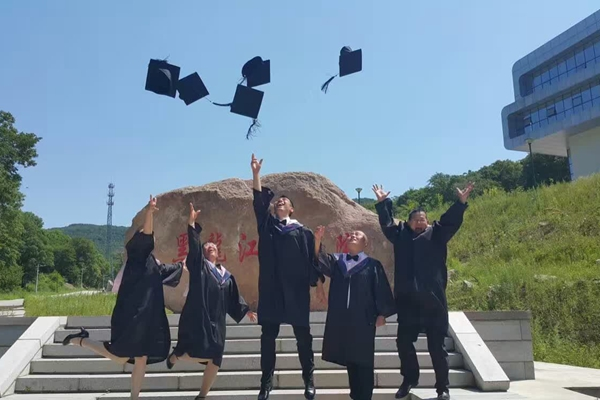 seminary-graduates-from-heilongjiang-seminary