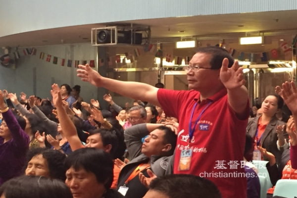 believers-worship-in-a-church