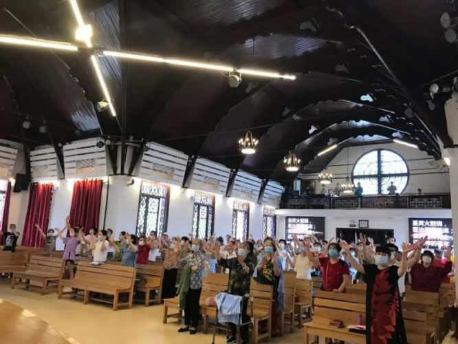 On June 14, 2020, Changsha Changbei Church in China's central Hunan Province held its first Sunday service since the COVID-19 outbreak in late January.