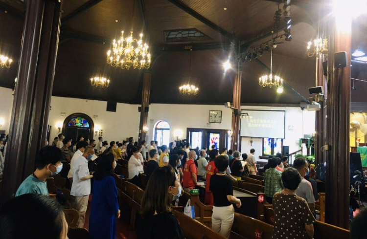 On August 2, Beijing Chongwenmen Church reopened after resurgence of COVID-19 positive cases.