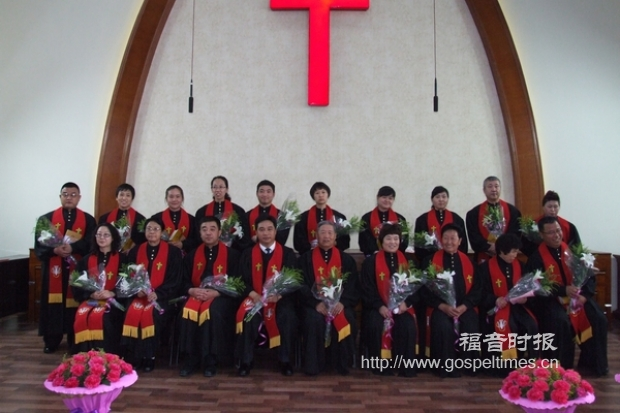 Hohhot City Holds 2014 Ordination Ceremony