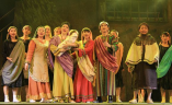 Scene:Naomi gives thanks to God after Boaz married Ruth and Ruth gave birth to a son, the grandfather of King David