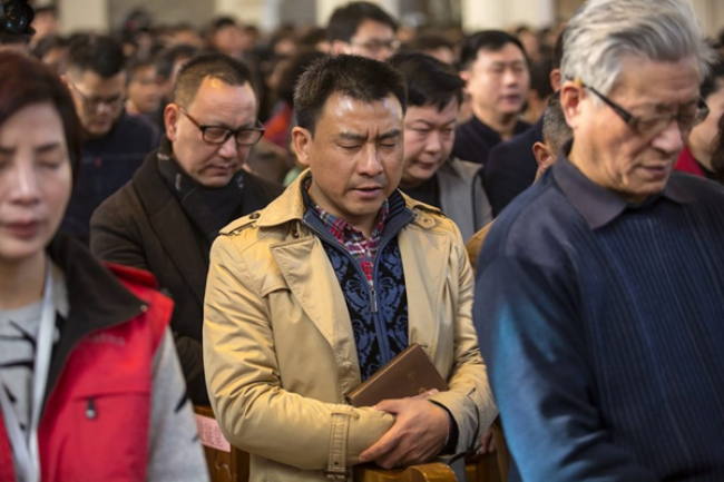 Will Graham Preaches in Jiangsu