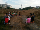 Some believers of Dafan Church sang hymns and prayed on the church construction site.