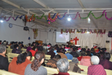 Rev. Li Yulan preached a sermon to the congregation.