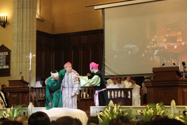 Shanghai Moore Memorial Church presented a biblical play titled