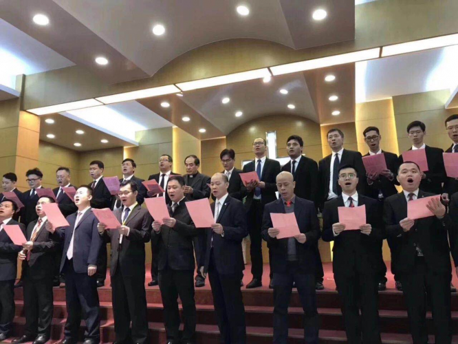 The male Christians performed a chorus to extol female Christians in Guangzhou, Guangdong, Mar. 1, 2019.