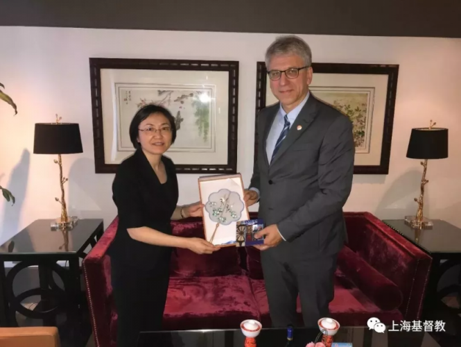 On June 18, 2019, Dr Rev. Olav Fykse Tveit, general secretary of the World Council of Churches (WCC), visited Shanghai Christian Council & Municipal Three -Self Association.