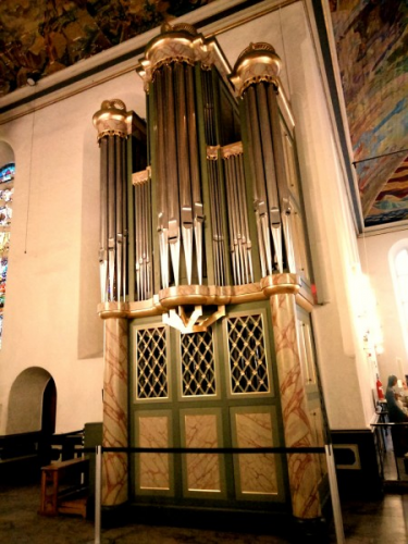 The organ in Hangzhou Gulou Church