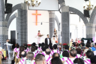 A wedding in Liaoyang Church of Liaoning.